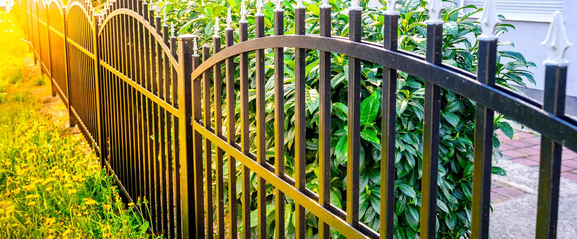 See How Easily You Can Get a Top-Quality Fence